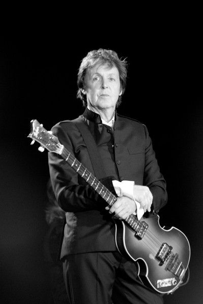Happy Birthday to Sir Paul McCartney!!! Turns 72 and looks great for his age :)