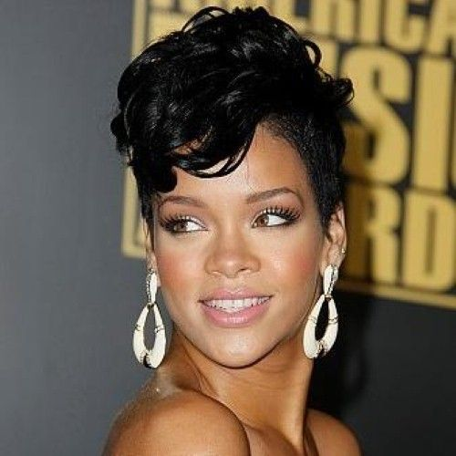 Rihanna opts for gold hoop earrings