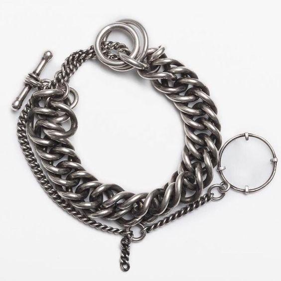 #iwantthis #annedemeulemeester #ispybracelet #silverjewelry #blackened #links #eyeseeyou #toggle #design #decoration #mystyle