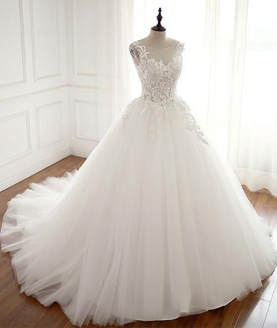 White Round Neck Tulle Lace Applique Long Wedding Dress White Evening Dress Bridal Gowns Vintage Wedding Dress Fabrics Ball Gowns Wedding