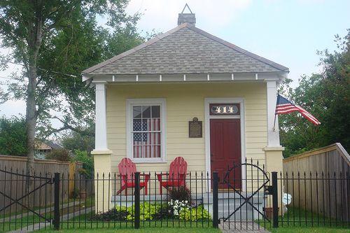 Shotgun house shotguns and house on pinterest for Small shotgun house plans
