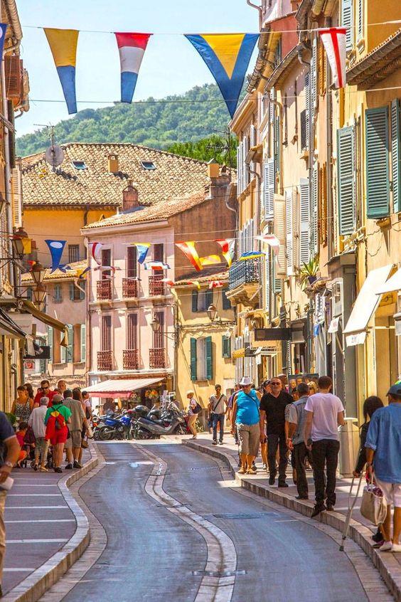 St Tropez Shopping Guide - Best Places to Shop in St Tropez - ELLE