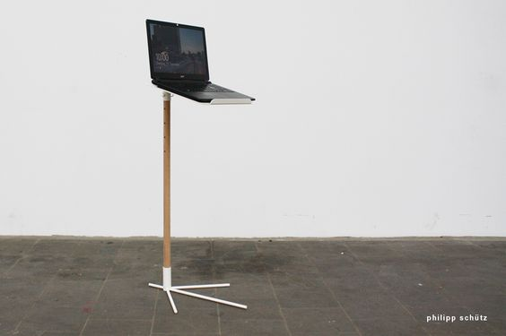 SD100 - NOTEBOOK-TABLE (2014) /// laptop / table / bird claw / furniture / design / notebook table / wood / pulvercoated / metal / steel / beistelltisch / tisch / produktdesign / philipp schuetz