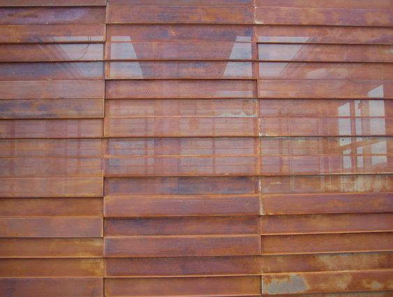 Corten steel and steel on pinterest for Fachada acero corten
