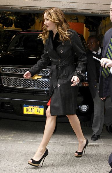Jennifer Lawrence Photos: Jennifer Lawrence Greets Fans in NYC