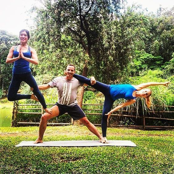 20 Most Impressive And Challenging Yoga Poses Bemethis Yoga Challenge Poses 3 Person Yoga Poses Yoga Help