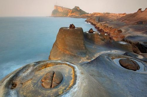 ~ Candle-shaped Rocks, Yehliu Geopark, Taiwan