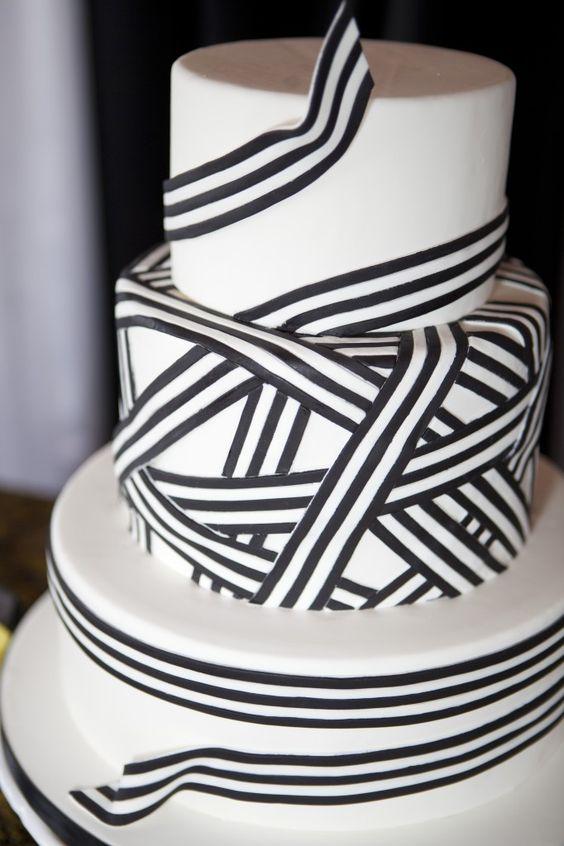 { wedding cake }