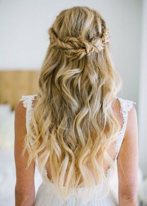 Wedding Hair Jewelry Wedding Hair And Makeup Cost Medium Length Wedding Hair Wedding Hair Ac In 2020 Wavy Wedding Hair Hair Styles Wedding Hairstyles For Long Hair