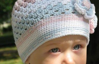 Bonnets pour bébé et leurs grilles gratuites !