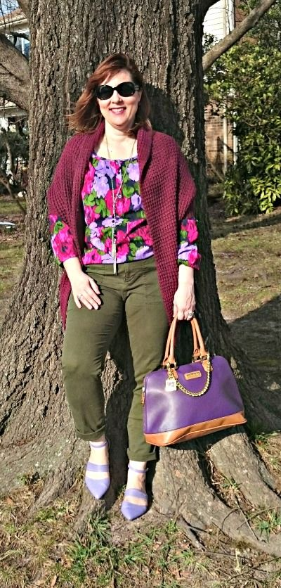 Olive Pants, floral Top, Over 40 fashion, Spring Outfit, purple shoes: