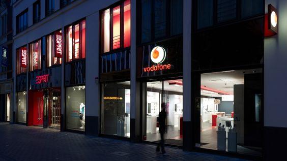Shopkonzept I | KMS BLACKSPACE : Brand Experience