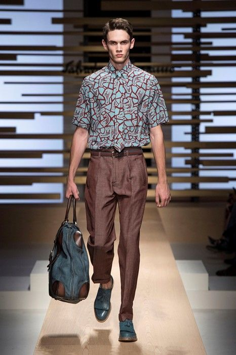 Taking inspiration from the African Plains and bringing it into the city is what Salvatore Ferragmo designed for his SS15 collections. Plenty of giraffe and animal prints and dusty tones. He did safari without making it too obvious.