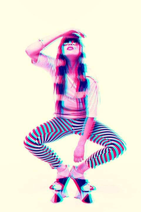 Optical Illusion - IDOL Magazine 3D chicquero