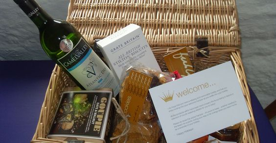 Pixie-Nook--gay-friendly-self-catering-cornwall-welcome-hamper-review-by-les-deux-messieurs-luxury-gay-travel-guide