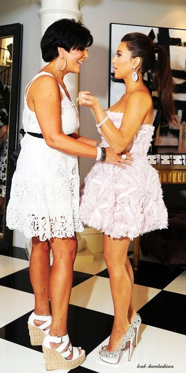dress style kim kardashian kris