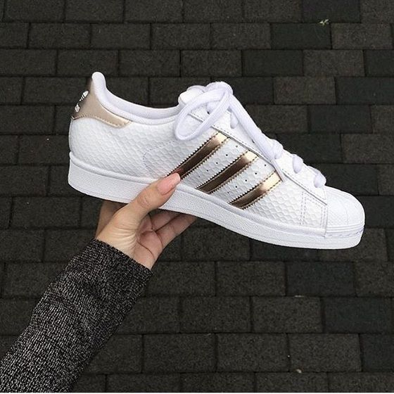 adidas superstar all white with gold