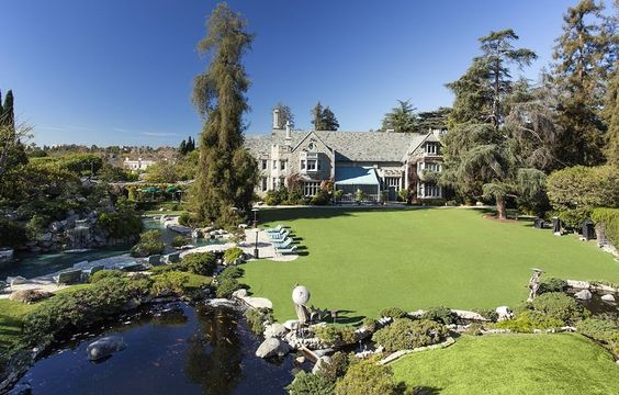 Playboy Mansion - 10236 Charing Cross Rd, Los Angeles, CA 90024 #mansion #dreamhome #dream #luxury http://mansion-homes.com/dream/playboy-mansion/
