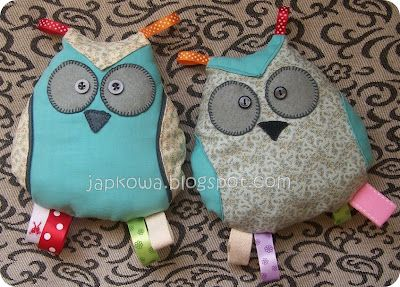 Owl withl ribbons
