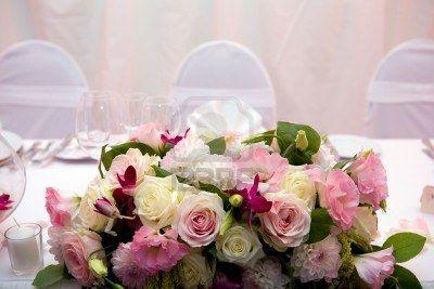 Mesa decorada para la cena de una boda Foto de archivo