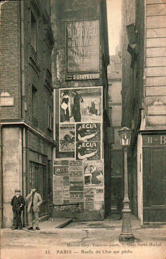 a rue du Chat-qui-pêche (Cat is fishing)  à Paris, 1900