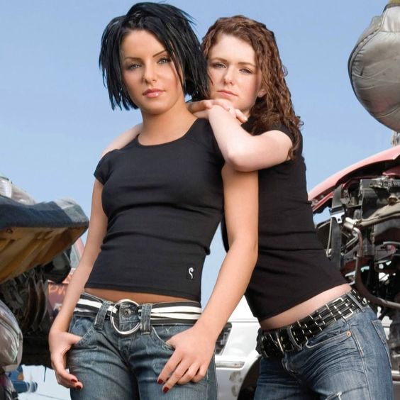 t.A.T.u. – How Soon Is Now? (single cover art)