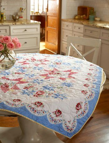 http://www.allpeoplequilt.com/quilt-patterns/table-runners/americana-rose
