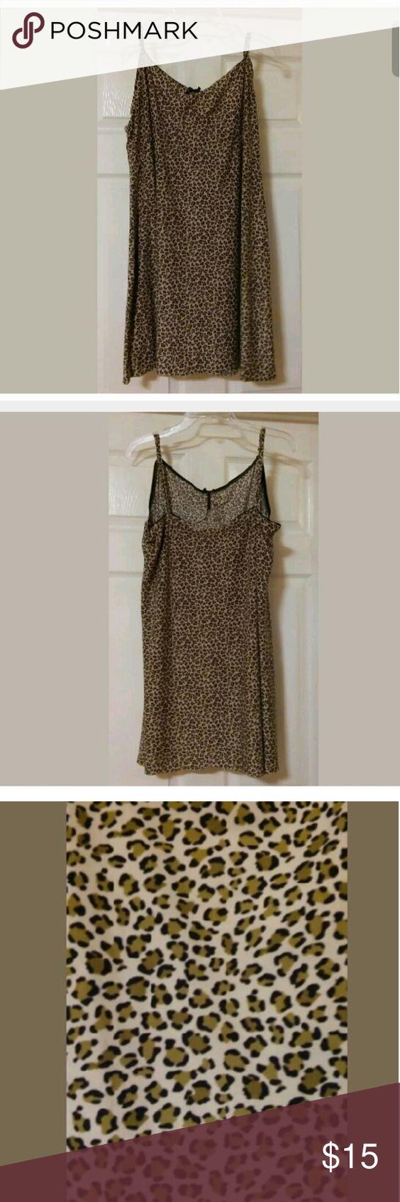 Secret Treasures Sleepwear Size 2X Secret Treasures Sleepwear Women Beige Leopard Strappy Lingerie Nightgown Sz 2X Secret Treasures Intimates & Sleepwear Pajamas