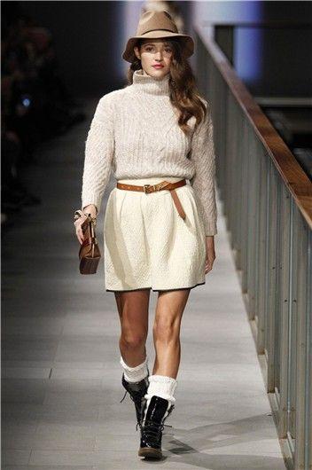 Desfile de Yerse en 080 Fashion Barcelona: look casual Mujerhoy.com  Malena Costa