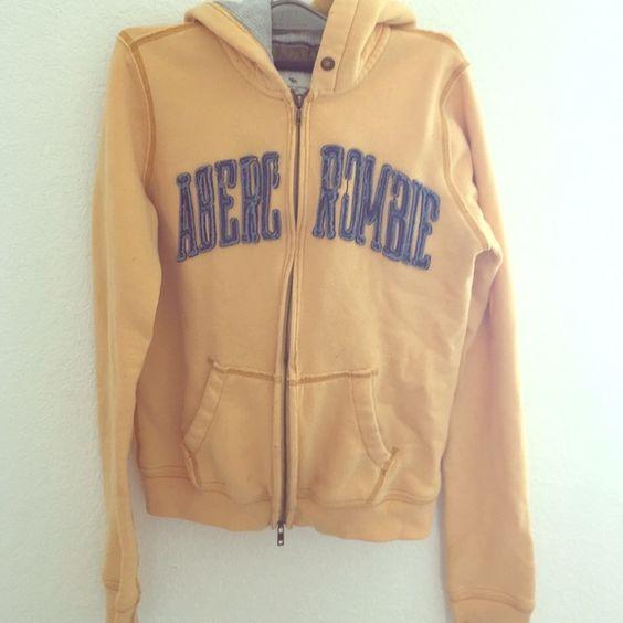 Vintage Abercrombie sweater Yellow Vintage Abercrombie sweater Abercrombie & Fitch Jackets & Coats
