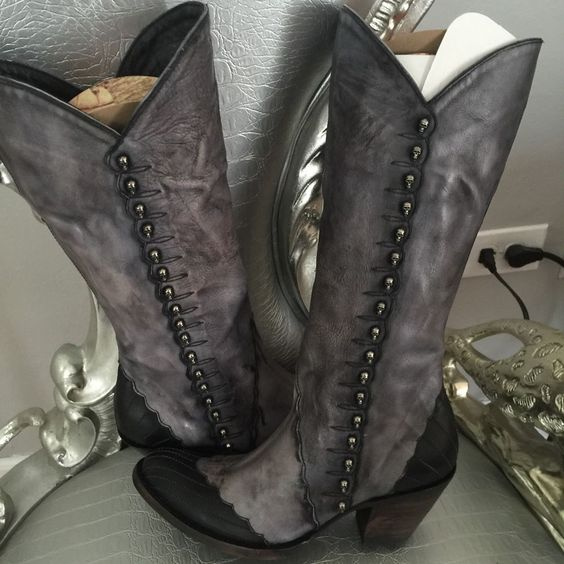 """Old Gringo  Geraldine 13"""" Boots Skull Detail NWT Rare #OldGringo #MidCalfBoots"""