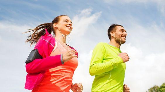 QUELLES SONT LES HORMONES STIMULÉES PAR LE SPORT ? ...Pour commencer votre entrainement, faites un peu de musculation ou des sprints pour augmenter alors les niveaux de noradrénaline et encourager le déstockage. Prolongez votre séance par une activité plus cardiaque pour consommer ce gras en circulation et pour produire une grande quantité d'endorphine...