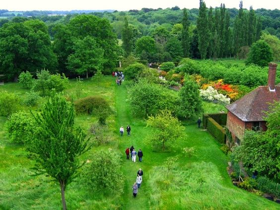 Ewa in the Garden: 10 Photos of Sissinghurst Castle Garden:
