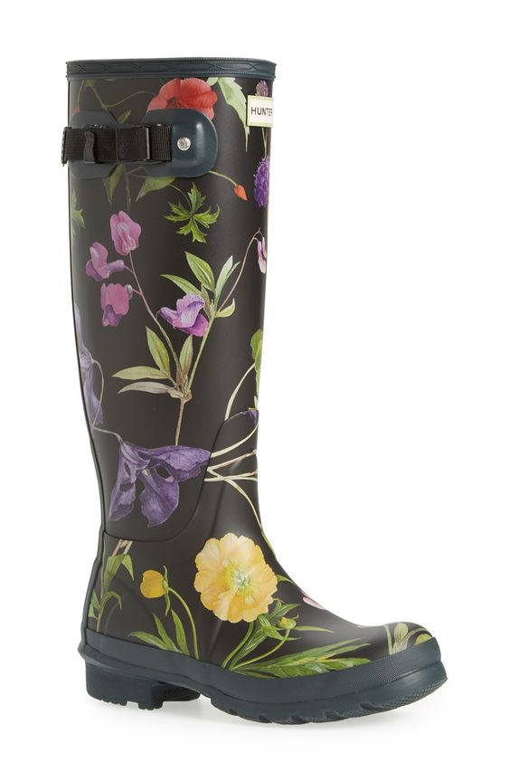 These fun, floral rain boots from Hunter are perfect for tackling ...