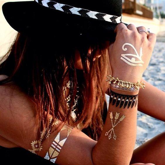 Se gosta de acessórios metalizados, tattoo e pele bronzeada, conheça as Flash Tattoos. http://wp.me/p1P5U5-cq