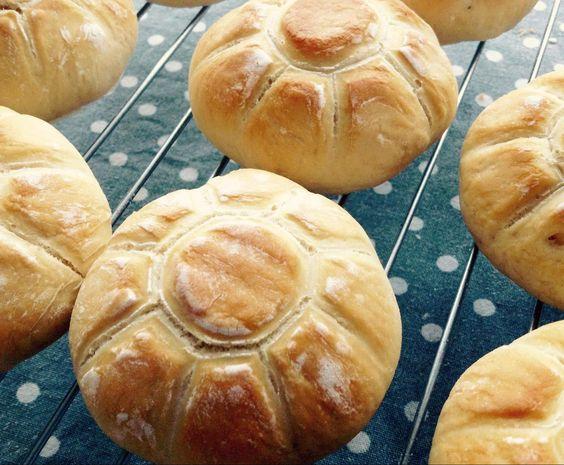 Rezept Brötchen mit Stempel von Sprahorde - Rezept der Kategorie Brot & Brötchen