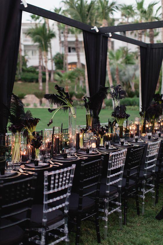 Offbeat Black Color Wedding Theme Ideas For Your Winter Wedding!!!, f2282d980ebb3e130cd75e7277e85637