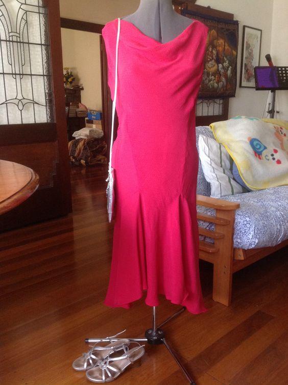 What: Ginger dress, silver cross body bag, silver Airflex sandals When: fundraising Timor dinner at Rostrevor When: 20140329