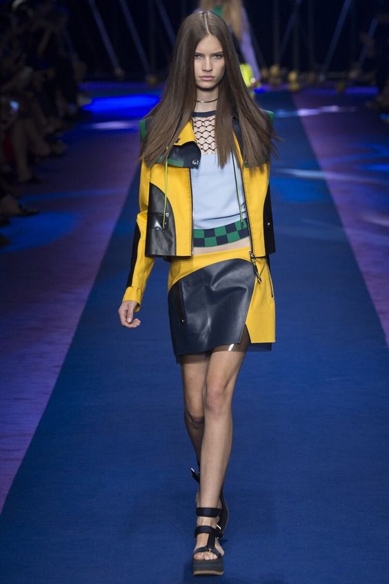 Versace - Spring 2017 Ready-to-Wear