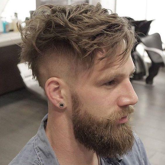 Inspiração de Undercut com Barba   Quem curte esse Estilo?  Loftmasculino.com para  Dicas...  Use #LoftMasculino e mostre seu Estilo! - #barba #beard #hairstyle #acessorios #lookbook #barbudo #guy #men #homem #modamasculina #hair #blog #fashion
