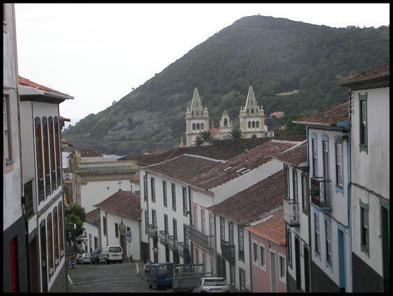 Rua da Miragaia - Terceira, Azores