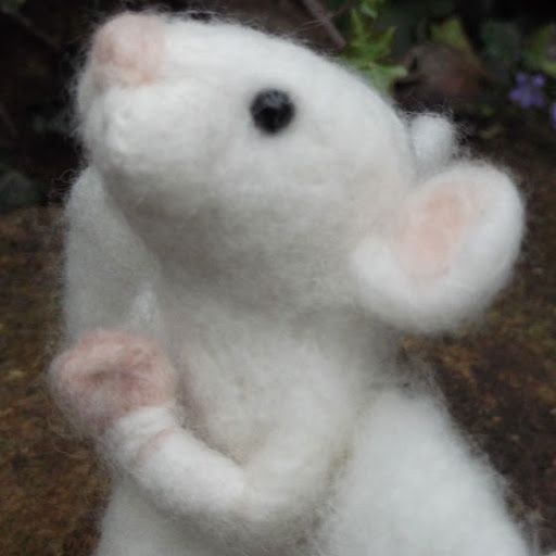 Love, Mrs Plop: A few tips on making needle felted animals
