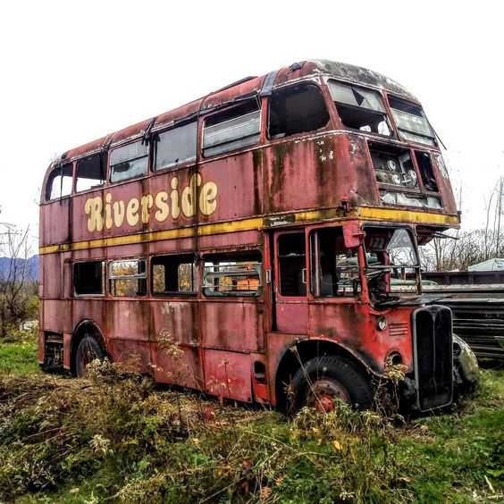 Came across this double-decker bus on a bike ride over the fall. #abandoned #photography #urban exploration #urban explorer #travel #adventure