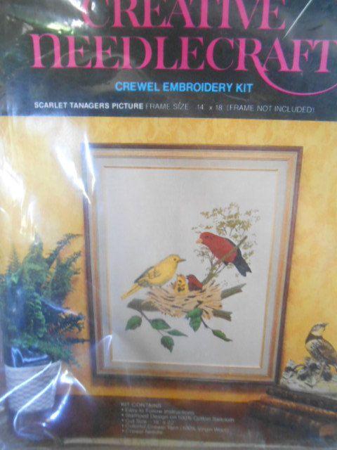VENTE-Avon tapisserie broderie Kit-Scarlet Tangara-complet 1974-Rare Vintage Avon Kit de