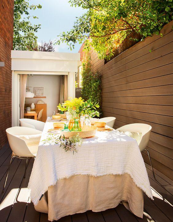 Comedor en patio