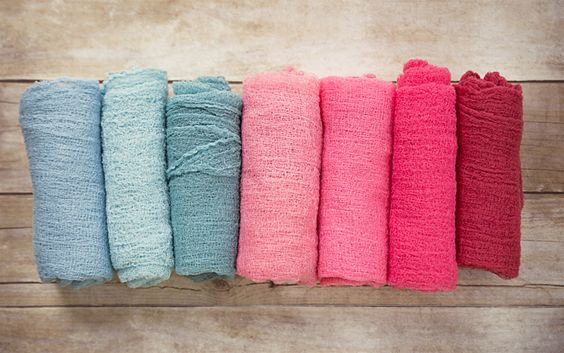 How to make newborn cheesecloth wraps for photo shoots (they're totally affordable & SO EASY!)   Cardstore Blog