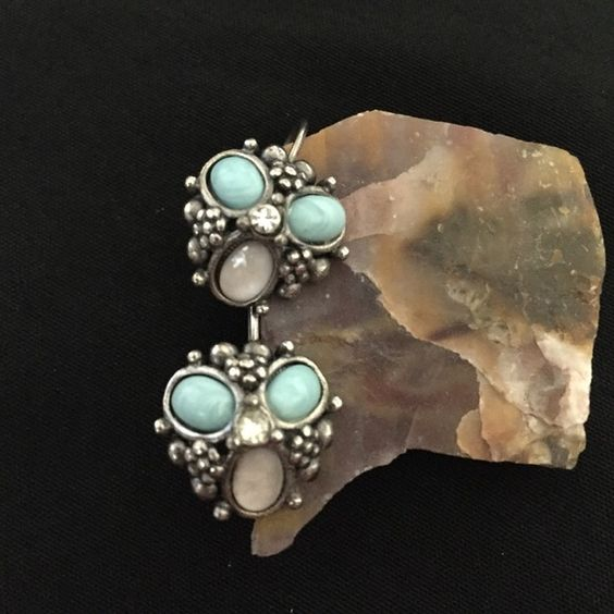"""Vintage Pewter Lucite Turquoise Pierced Earrings Up for consideration is a pair of vintage silver pewter turquoise and milky white lucite pierced ear bob earrings with dainty rhinestone centers and secure closures. Earrings have a 7/8"""" drop and are 1/2"""" wide. Please feel free to ask for additional photos, if needed. I do not model any items from my boutique. Thanks Vintage Jewelry Earrings"""