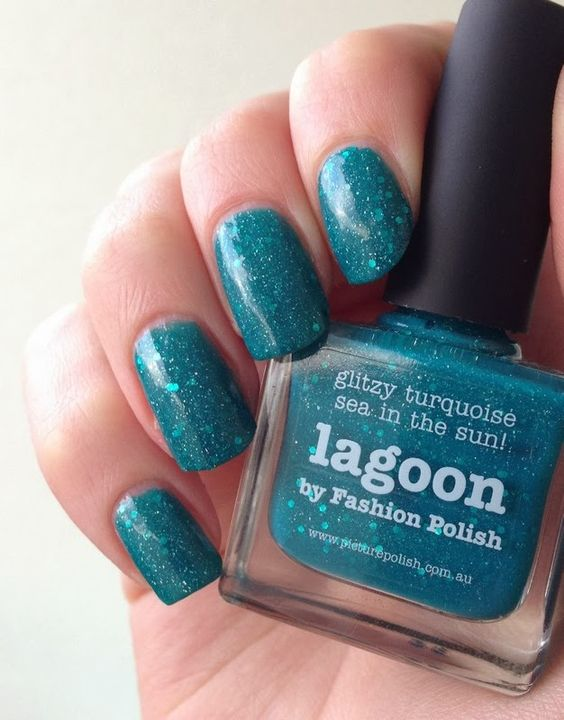 http://www.emotion-wizard.com/2014/01/lagoon-de-picture-polish.html lagoon picture polish nails nail polish green @piCture pOlish