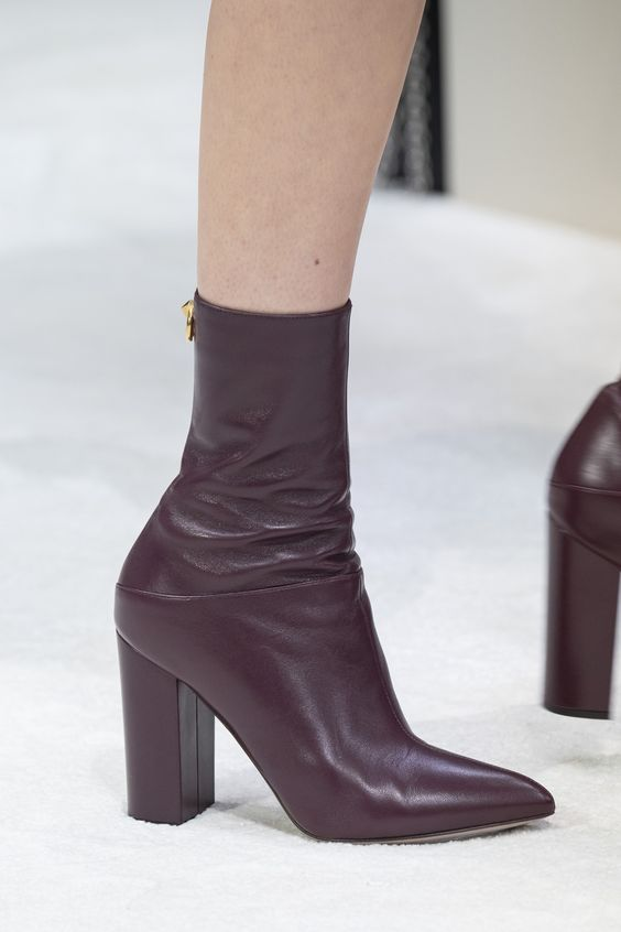44 shoes for women For Your Perfect Look This Winter