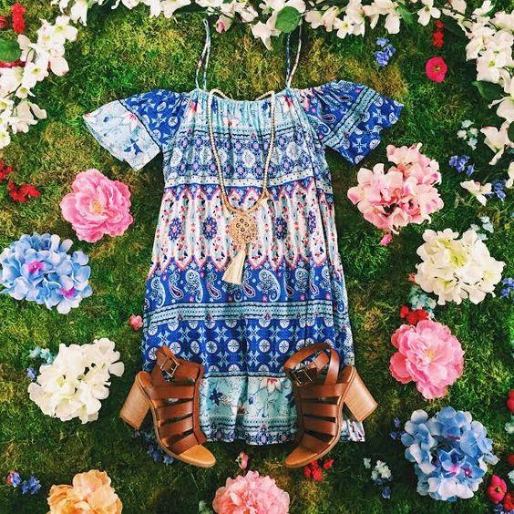 A little pattern never hurt anybody!  || Hermosa Beach Shift Dress $36 || Barbados Babe Tassel Necklace $26 || Munchkin Heel By @bcfootwear $79 || #ShopImpressions #BCstyle #SundayFunday #Pattern #MustHave #GetInMyCloset